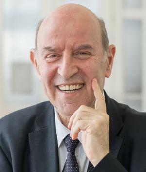 Elhunyt Ginsztler János gépészmérnök