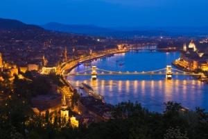 Ingatlan- és közlekedési fejlesztési tervek Budapesten