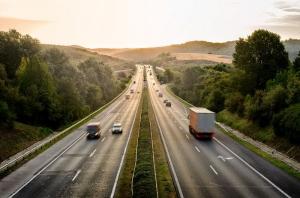 200 kilométer gyorsforgalmi út közbeszerzése van folyamatban