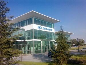 Mintegy 5,3 milliárd forintból fejleszt a Knorr-Bremse Budapesten
