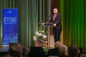A kormány elkötelezett az ország innovációs potenciáljának erősítésében