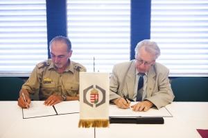 Stratégiai partnerség a honvédelmi tárcával